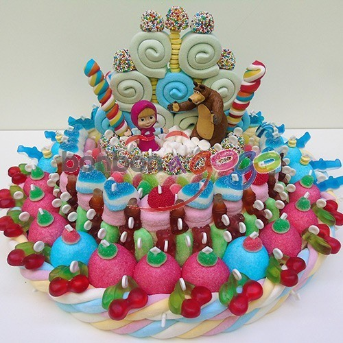Acheter Gâteau De Bonbons Masha Et Michka Bonbon A Gogo Com